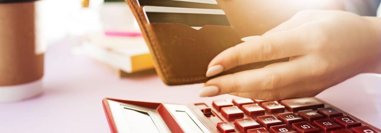 Tarjetas de crédito - Dinero tóxico